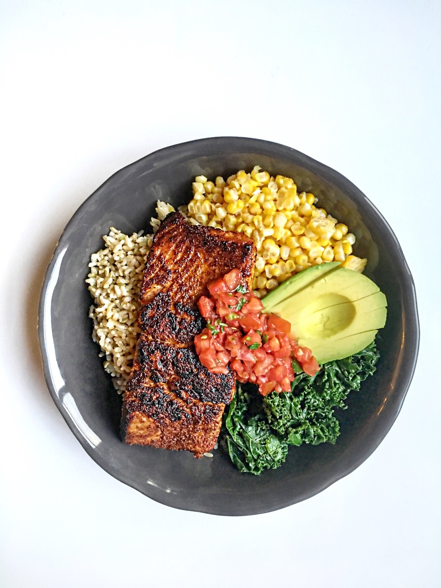 Blackened Wild Coho Salmon Bowl with Brown Rice, Sweet Corn, Kale & Pico De Gallo